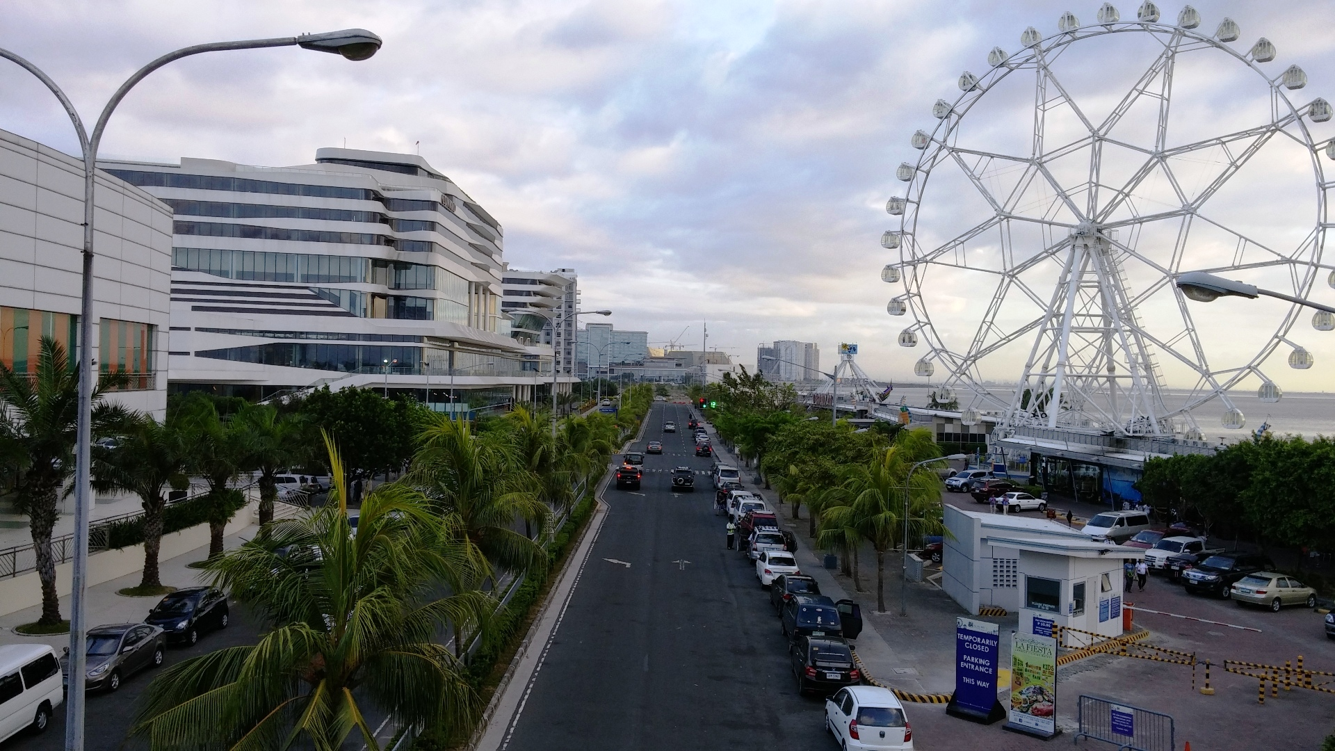 Mall of Asia, Seaside Blvd